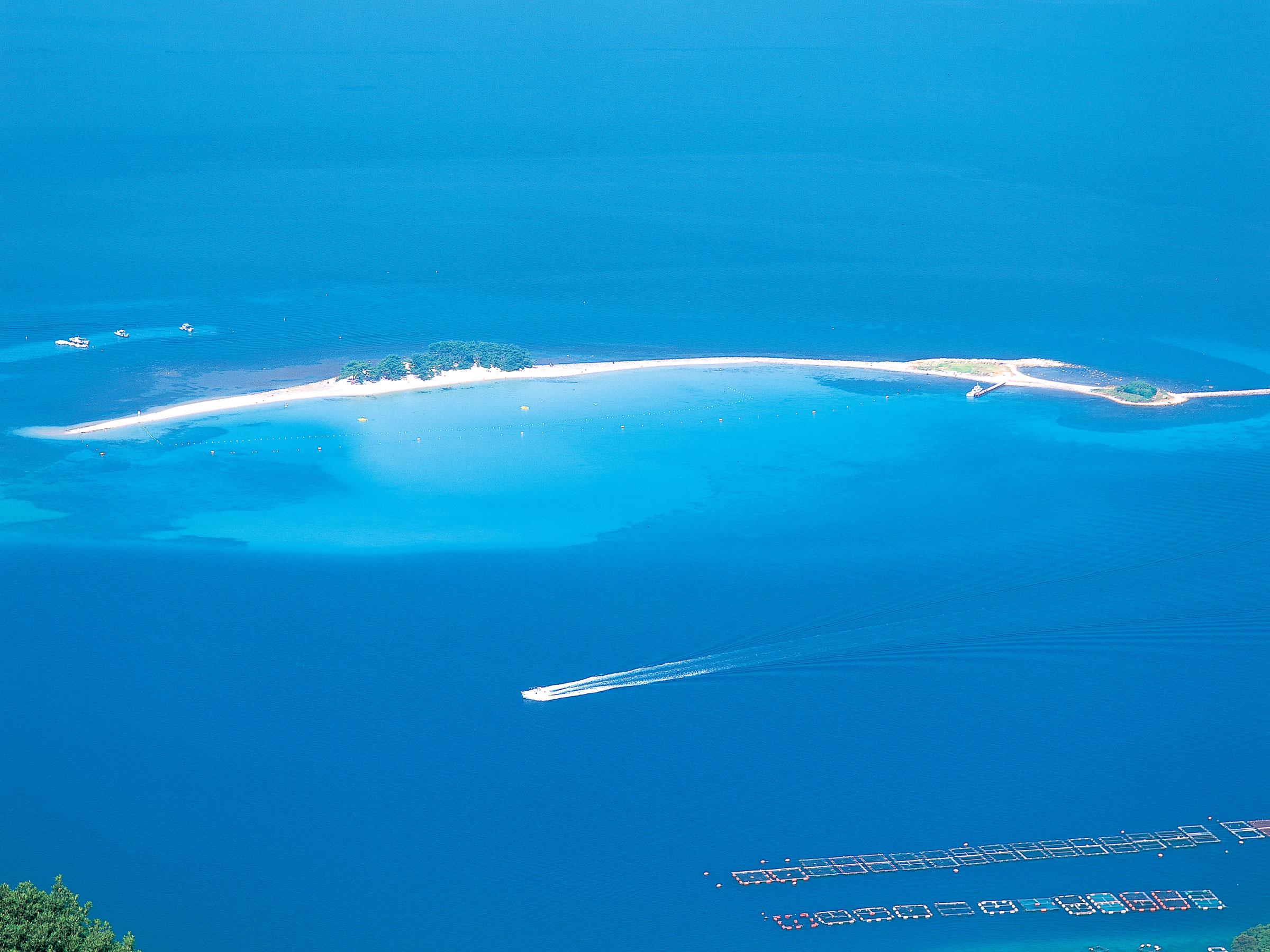 【福井県】夏の絶景・風物詩5選 北陸のハワイと呼ばれる青海に浮ぶ島
