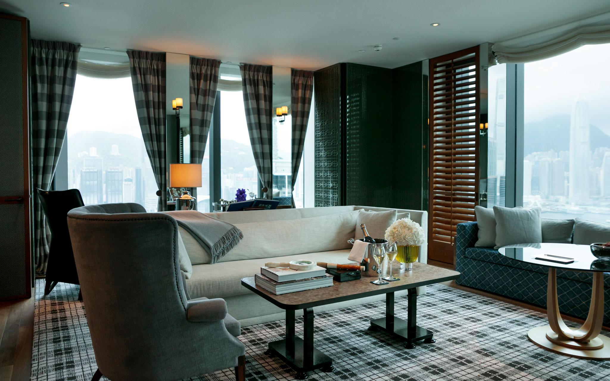 CREA Traveller WEBメンバー限定 <br />香港のホテル宿泊券を計1組様に!