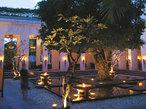 世界遺産の町カンボジアのラグジュアリーホテルで時を忘れる