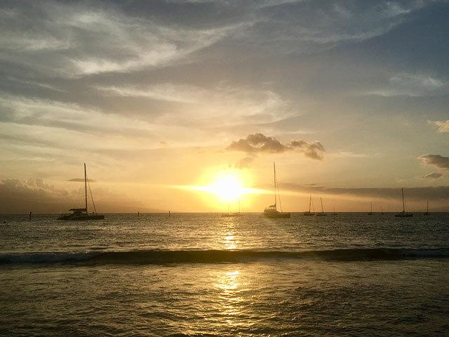 極上サンセットとともに美食を堪能! <br />マウイ島のおすすめ絶景レストラン