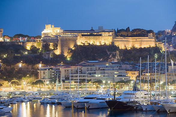 あのグレース・ケリーも暮らした モナコのきらびやかな大公宮殿
