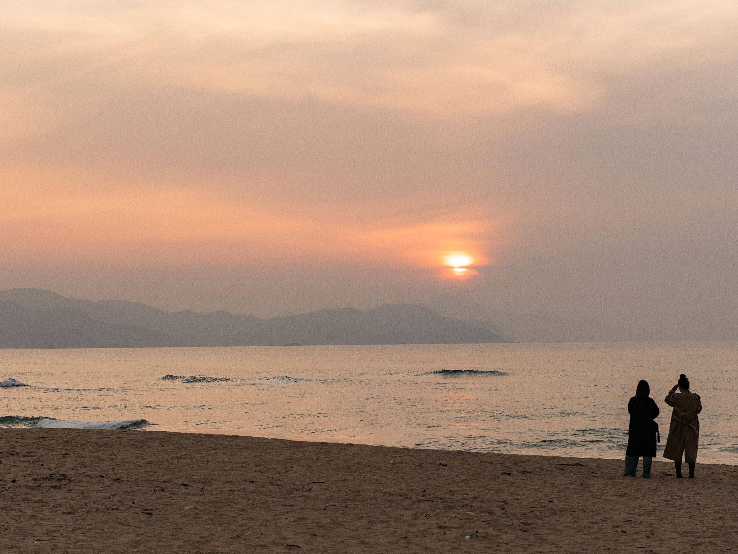 京都の魅力再発見! 夕日ヶ浦篇 心を洗う「常世の浜」の幻想的風景