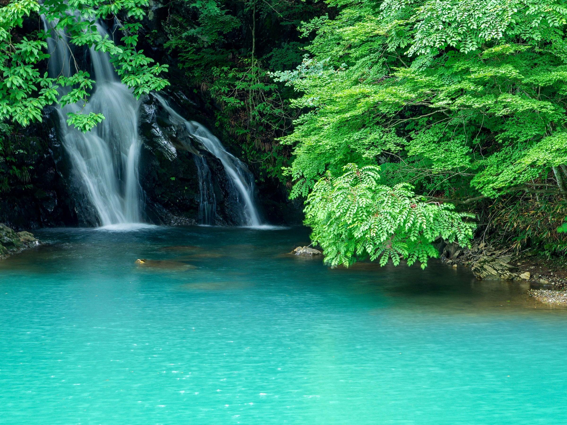 【群馬県】夏の絶景・風物詩5選 滝と水面が織りなす涼やかな景色