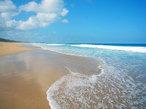 古関千恵子の世界極楽ビーチ百景