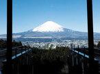 寛ぎの旅館か開放的なリゾートか 日本の夏の癒やし宿