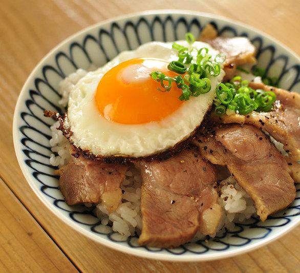 どんぶり 豚肉 簡単昼ごはん